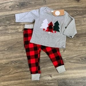 Other - NWT Toddler boys boutique Christmas outfit